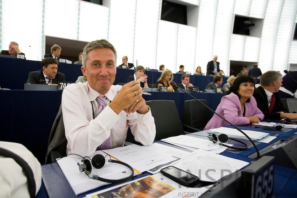 STRASBOURG - FRANCE - 14 JULY 2009 -- MEP Morten Loekkegaard paa sin foerste dag i Europa-Parlamentet.  Photo: Erik Luntang