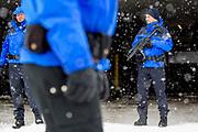 Davos, Graubünden, Sveits, 20170122: Stort politioppbud under WEF -  World Economic Forum. Foto: Ørjan F. Ellingvåg
