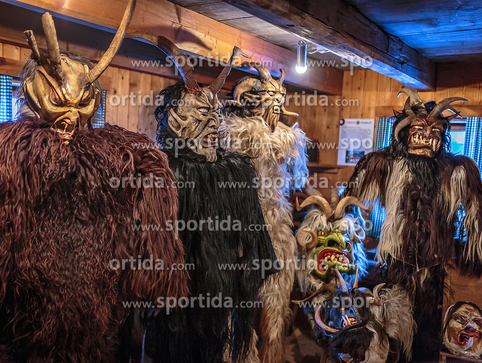 THEMENBILD - eine Krampus- und Perchtenausstellung am Adventmarkt, aufgenommen am 03. Dezember 2017, Kaprun, Österreich // a Krampus and Perchten exhibition at the Advent market on 2017/12/03, Kaprun, Austria. EXPA Pictures © 2017, PhotoCredit: EXPA/ Stefanie Oberhauser