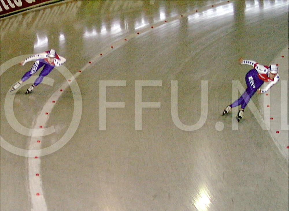 Fotografie Uijlenbroek©1999/Frank Uijlenbroek.990116 groningen sport ned.NK Sprint.500 mtr. dames dag1.tonny de jong(L) andrea nuyt