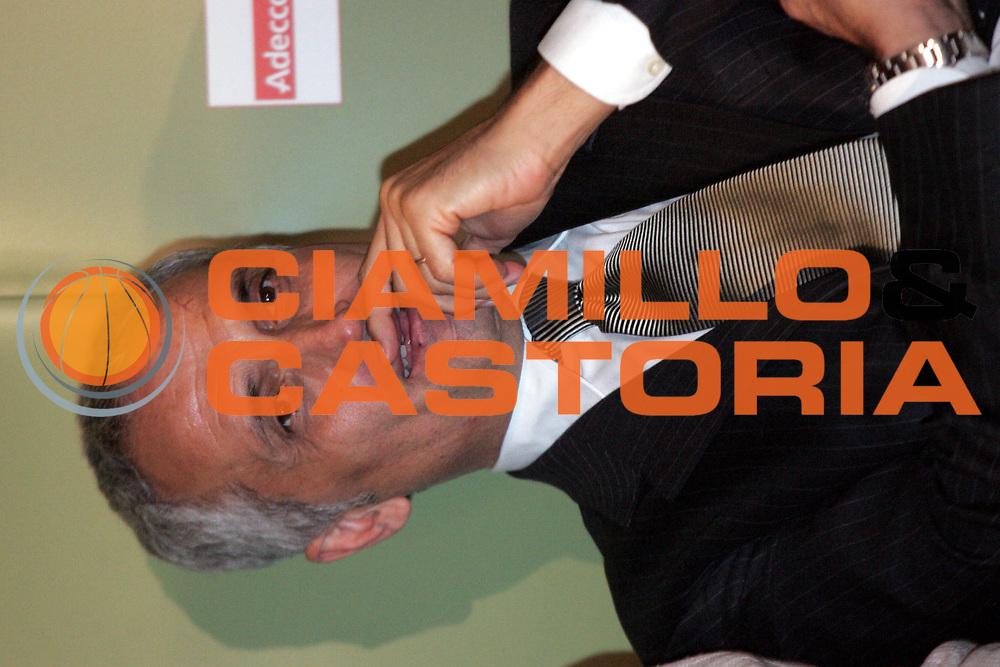 DESCRIZIONE : Quattro Castella Premio Reverberi 2005-06 <br />GIOCATORE : Pancotto<br />SQUADRA : Snaidero Udine<br />EVENTO : Premio Reverberi 2005-2006 <br />GARA : <br />DATA : 20/02/2006 <br />CATEGORIA : Premiazione <br />SPORT : Pallacanestro <br />AUTORE : Agenzia Ciamillo-Castoria/Fotostudio13