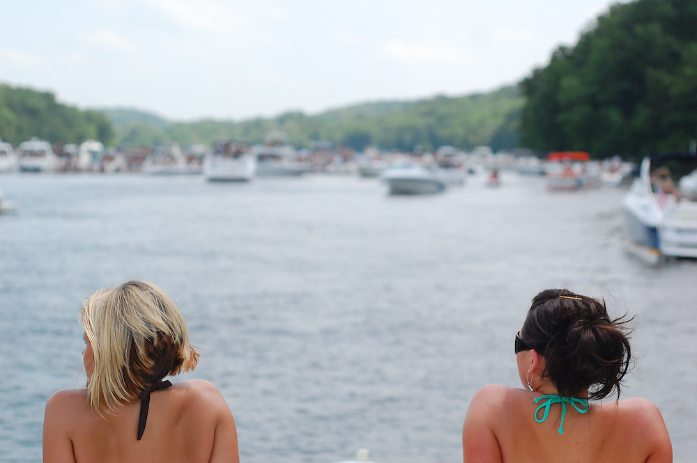 Party Cove. Lake of the Ozarks. Brian James Gallery Photography.