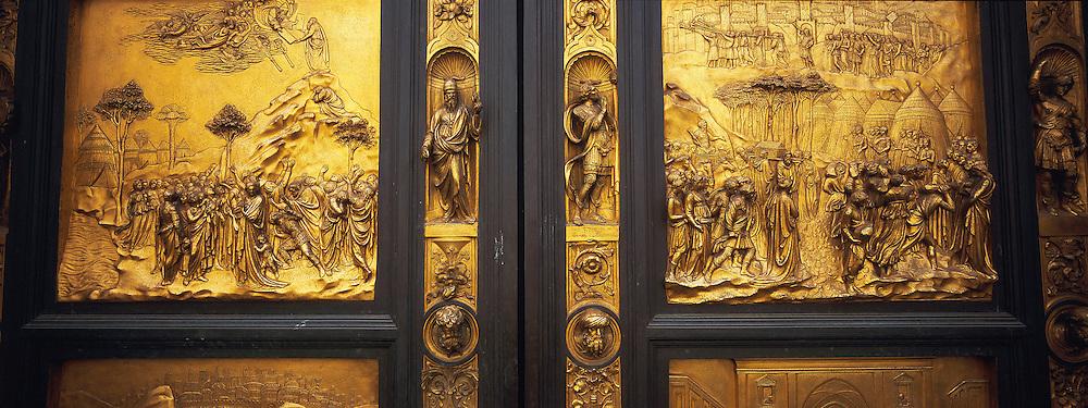 Italie, Toscane, Florence, Portes du Paradis du Baptistere // Italy, Tuscany, Florence, Ghiberti´s ´Gates of Paradise´. Baptistery