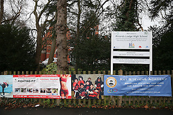 © Licensed to London News Pictures. 26/01/2016. London, UK. Ricards Lodge High School in Lake Road, Wimbledon, south west London today (Tues), one of 14 schools across Britain which have been evacuated following reported bomb scares. Five high schools in Paris were also evacuated following similar threats made over the telephone.  Photo credit: Peter Macdiarmid/LNP