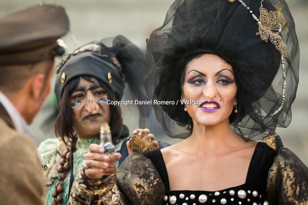 Women disguised as witches. Ciudad Teatro. Mundo Aventura Park.