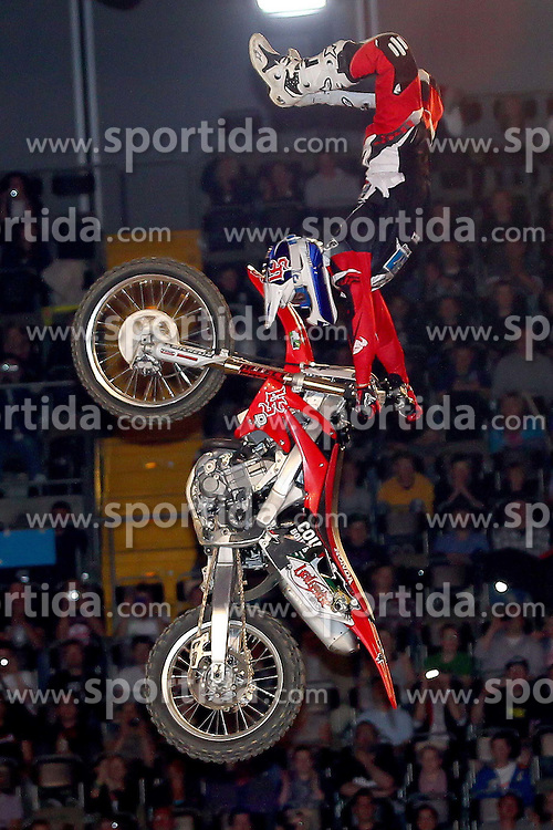 28.05.2011, Olympiahalle, Muenchen, GER, Suzuki Nigth of the Jumps , im Bild  gewinner Josh Sheehan (AUS)   , EXPA Pictures © 2011, PhotoCredit: EXPA/ nph/  Straubmeier       ****** out of GER / SWE / CRO  / BEL ******