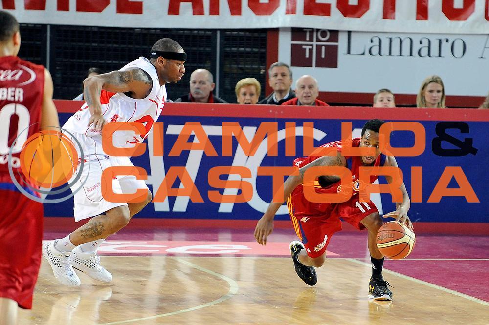DESCRIZIONE : Roma Lega A 2008-09 Lottomatica Virtus Roma Armani Jeans Milano<br /> GIOCATORE : Brandon Jennings <br /> SQUADRA : Lottomatica Virtus Roma<br /> EVENTO : Campionato Lega A 2008-2009 <br /> GARA : Lottomatica Virtus Roma Armani Jeans Milano<br /> DATA : 26/04/2009<br /> CATEGORIA : Equilibrio<br /> SPORT : Pallacanestro <br /> AUTORE : Agenzia Ciamillo-Castoria/G.Ciamillo
