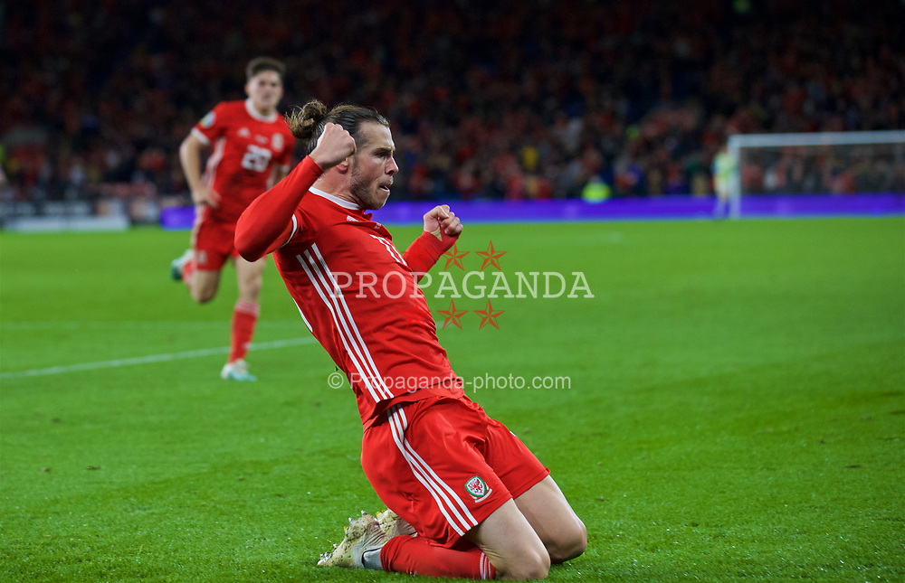 CARDIFF, WALES - Sunday, October 13, 2019: Wales' captain Gareth Bale celebrates after scoring the equalising goal during the UEFA Euro 2020 Qualifying Group E match between Wales and Croatia at the Cardiff City Stadium. The game ended in a 1-1 draw. (Pic by Laura Malkin/Propaganda)