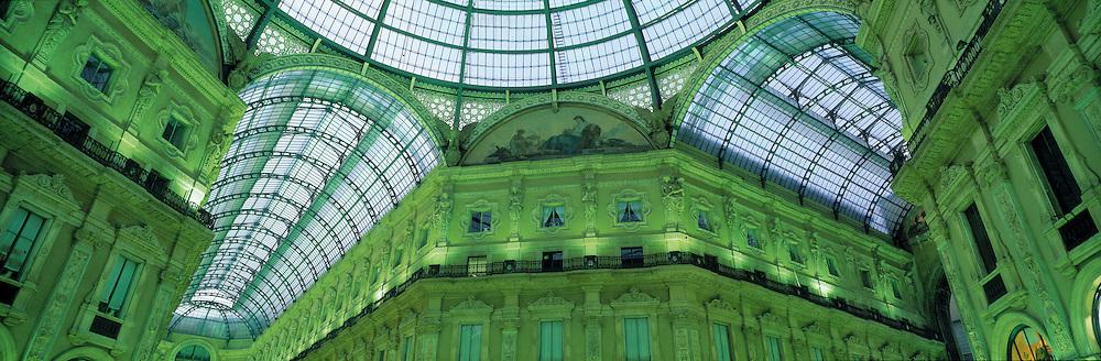 Galleria Vittorio Emanuelle II, Milan, Italy