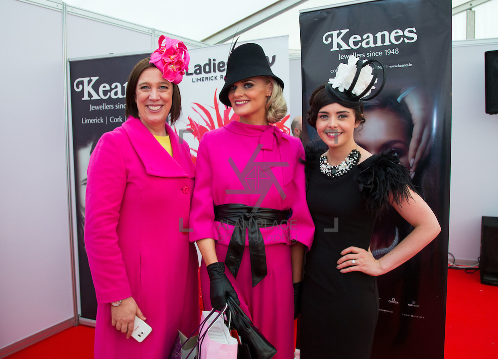 09.10.2016          <br /> 2nd place of the Keanes Jewellers Best dressed competition at Limerick Racecourse was Margaret Hynes Cahill, (right) Ardfert Co. Kerry won a prize of a complete outfit for Aisling Maher Boutique Adare. Pictured are left to right, Elaine Cronin Serendipity, Margaret Hynes Cahill, Ardfert Co. Kerry 2nd place and Aisling Maher, Millenery and Boutique. Picture: Alan Place