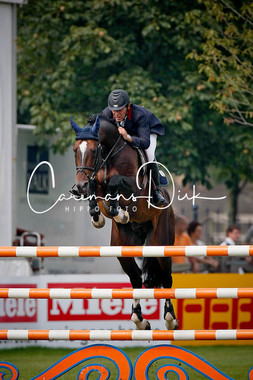 Bourdy Hubert, (FRA), Toulon<br /> Global Champions Tour - Valkenswaard 2007<br /> Photo &copy; Hippo Foto