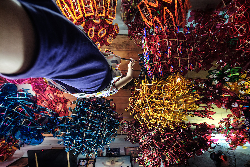 Day Phu Binh Village is probably one of the last few villages that make traditional lanterns from bamboo and cellopane. Most of the villagers are Roman Catholic and hence one can find images of Jesus Christ and Mary Mother in their houses along side the lanterns.
