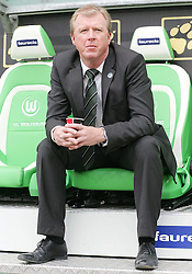 30.10.2010, Volkswagen Arena, Wolfsburg, GER, FBL, VfL Wolfsburg vs VfB Stuttgart, im Bild Steve McClaren (Chef-Trainer Wolfsburg) EXPA Pictures © 2010, PhotoCredit: EXPA/ nph/  Schrader+++++ ATTENTION - OUT OF GER +++++