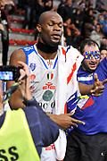 DESCRIZIONE : Beko Legabasket Serie A 2015- 2016 Dinamo Banco di Sardegna Sassari - Openjobmetis Varese<br /> GIOCATORE : Brenton Petway<br /> CATEGORIA : Ritratto Esultanza Postgame Ultras Tifosi Spettatori Pubblico<br /> SQUADRA : Dinamo Banco di Sardegna Sassari<br /> EVENTO : Beko Legabasket Serie A 2015-2016<br /> GARA : Dinamo Banco di Sardegna Sassari - Openjobmetis Varese<br /> DATA : 07/02/2016<br /> SPORT : Pallacanestro <br /> AUTORE : Agenzia Ciamillo-Castoria/C.Atzori<br /> AUTORE : Agenzia Ciamillo-Castoria/C.Atzori