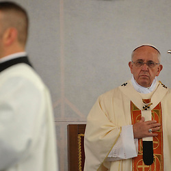 20140913: ITA, Religion - Pope in Redipuglio