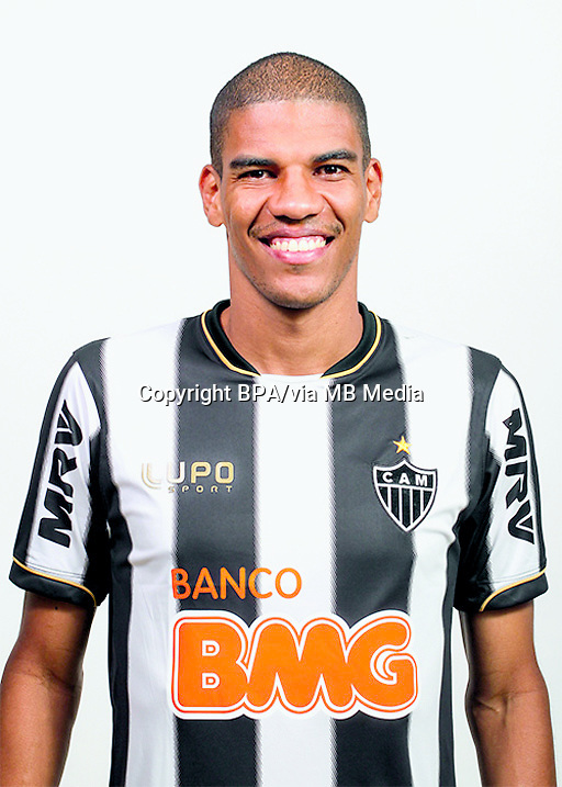 Leonardo Silva  ( Club Atletico Mineiro )