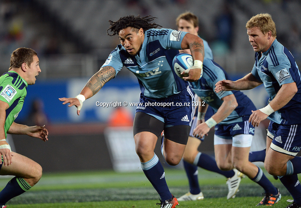 Ma'a Nonu on the attack during the Blues and Highlanders at Eden Park, Auckland, New Zealand on Saturday 26 May 2012. Photo: Andrew Cornaga/Photosport.co.nz