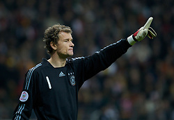 FRANKFURT, GERMANY - Wednesday, November 21, 2007: Germany's goalkeeper Jens Lehmann during the final UEFA Euro 2008 Qualifying Group D match against Wales at the Commerzbank Arena. (Pic by David Rawcliffe/Propaganda)