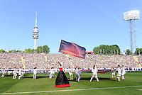 FRAUEN  FUSSBALL   CHAMPIONS LEAGUE  FINALE   2011/2012      Olympique Lyon - 1. FFC Frankfurt          17.05.2012 Eroeffnungsfeier im Muenchner Olympiastadion