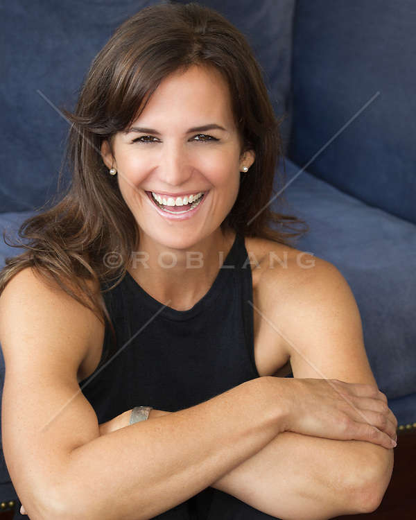 portrait of a beautiful woman with brown hair and brown eyes