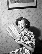 08/12/1952<br /> 12/08/1952<br /> 08 December 1952<br /> St Francis Xaviers Pantomime, MissRita Doyle.