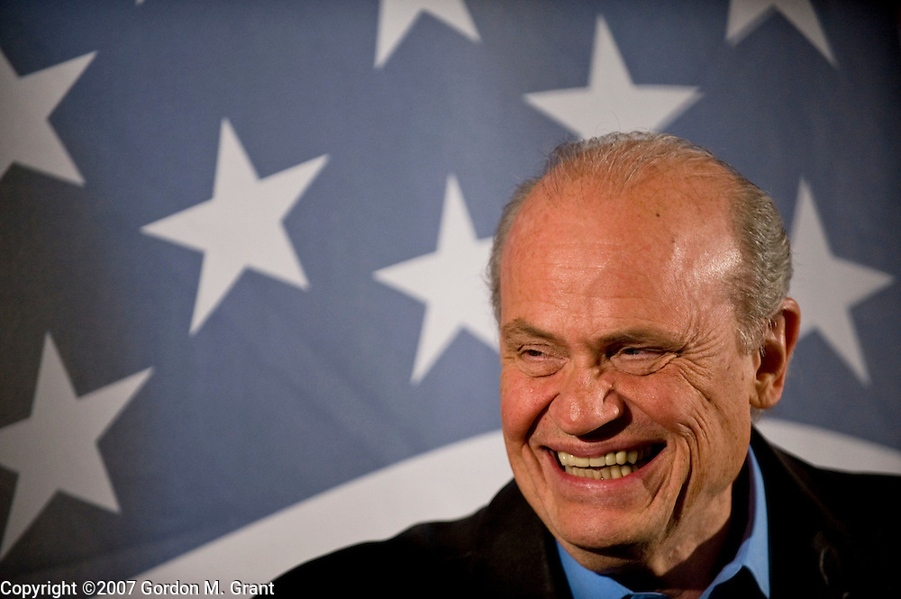 Pella, IA - 12/28/07 -   Presidential candidate Fred Thompson at a campaign event at the Smoky Row in Pella, IA December 28, 2007.      (Photo by Gordon M. Grant / Zuma Press)