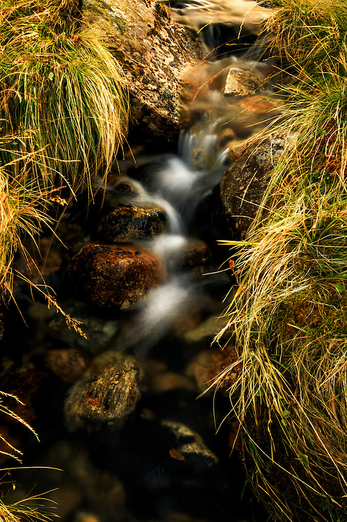 A small stream at Uadalsvatnet.