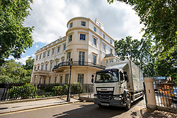© Licensed to London News Pictures. 31/07/2018. London, UK. A removals lorry containing the possessions of former Foreign Secretary Boris Johnson and his family leaves the official residence of the Foreign Secretary at Carlton Gardens in central London, where Johnson has been living since his resignation. Photo credit: Rob Pinney/LNP