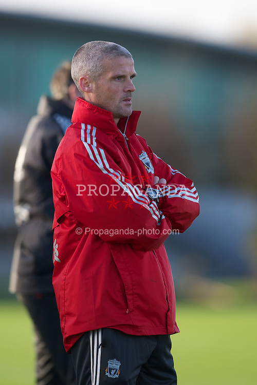 MANCHESTER, ENGLAND - Friday, November 25, 2011: Liverpool's manager Mike Marsh during the FA Premier League Academy match against Manchester United at the Carrington Training Ground. (Pic by David Rawcliffe/Propaganda)