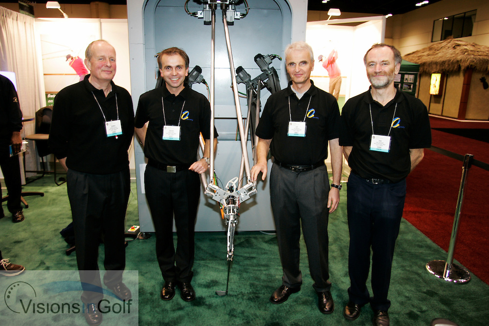 Sofea mechanical swing machine <br />PGA Merchandise Show, Orlando, Florida, USA January 2005. Photo Mark Newcombe