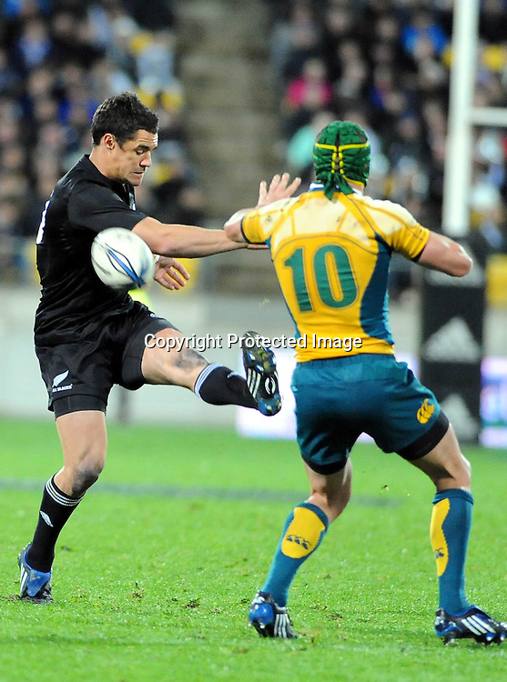 All Black Dan Carter in action during the  International rugby union test match, Australia Wallabies v New Zealand All Blacks. Investec Tri-Nations. Westpac Stadium, Wellington, New Zealand Saturday 19 September 2009. Photo: PHOTOSPORT.