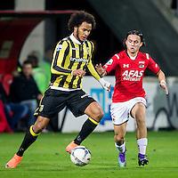 ALKMAAR - 06-02-2016, AZ - Vitesse, AFAS Stadion, Vitesse speler Isaiah Izzy Brown, AZ speler Levi Opdam