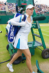 LONDON, ENGLAND - Friday, June 27, 2008: Nicole Vaidisova (CZE) arrives on court before her third round match on day five of the Wimbledon Lawn Tennis Championships at the All England Lawn Tennis and Croquet Club. (Photo by David Rawcliffe/Propaganda)