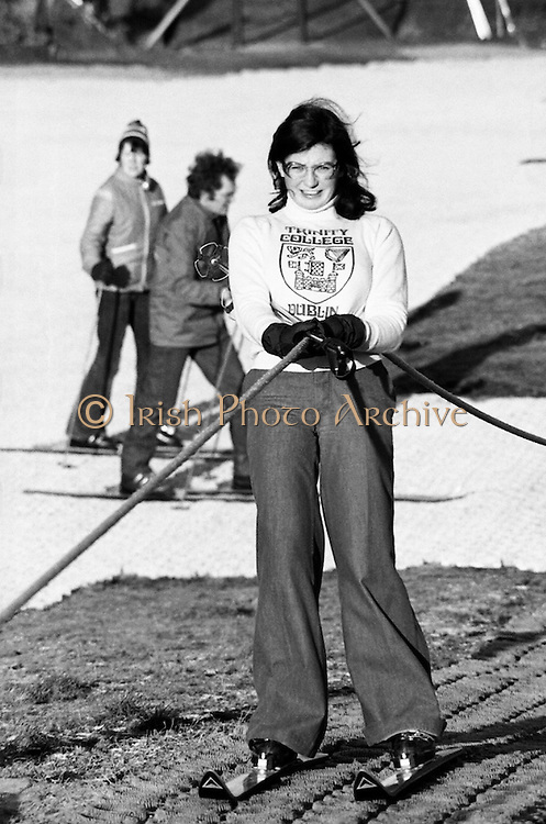 Grainne Cosgrave tries out the artificial dry ski slope created at the Kilternan Golf and Country Club. Aspiring skiers could learn the basics or improve techniques before embarking on a skiing holiday.<br />