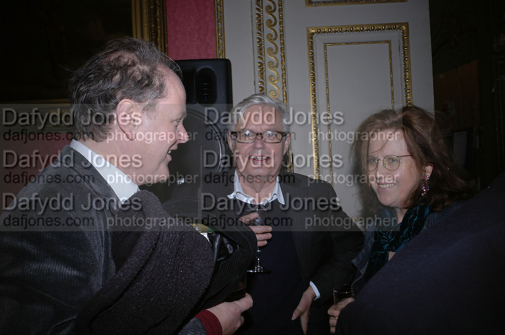Craig Brown, Alexander Chancellor and Frances Welch. The Literary Review's Bad Sex Awards. annual ceremony for authors who write about sex in a 'redundant, perfunctory, unconvincing and embarrassing way. In and Out Club. London.  1 December  2005. ONE TIME USE ONLY - DO NOT ARCHIVE  © Copyright Photograph by Dafydd Jones 66 Stockwell Park Rd. London SW9 0DA Tel 020 7733 0108 www.dafjones.com