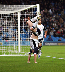 MANCHESTER, ENGLAND - WEDNESDAY, JANUARY 4th, 2006:Tottenham Hotspur's Robbie Keane celebrates scoring the second goal against  Manchester City during the Premiership match at the City of Manchester Stadium. (Pic by David Rawcliffe/Propaganda)