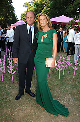 DAVID FLINT WOOD and INDIA HICKS at the Serpentine Gallery Summer party sponsored by Yves Saint Laurent held at the Serpentine Gallery, Kensington Gardens, London W2 on 11th July 2006.<br />