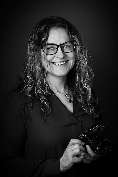 Porträtt på Maria Fäldt, fotograf och formgivare, Piteå. © Foto: Paulina Holmgren