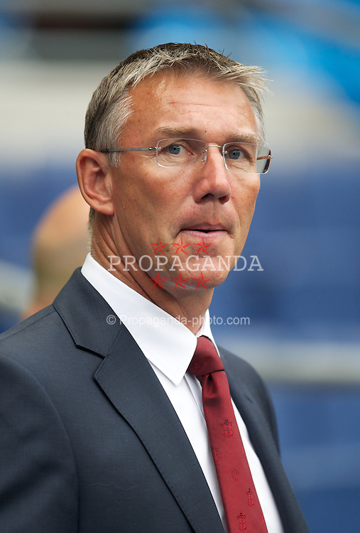 MANCHESTER, ENGLAND - Sunday, August 19, 2012: Southampton's manager Nigel Adkins before the Premiership match against Manchester City at the City of Manchester Stadium. (Pic by David Rawcliffe/Propaganda)