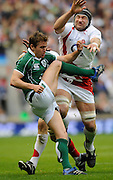 Twickenham. Great Britain, Steve BORTHWICK, attempt to charge down Eoin REDDAN clearence kick from the back of the scrum during the Six Nations Rugby match, England vs Ireland, at the RFU Stadium, 15.03.2008[Mandatory Credit. Peter Spurrier/Intersport Images]