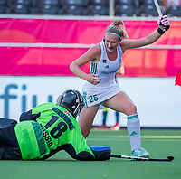 ANTWERPEN -  Ireland-Russia (3-2) . Belfius Eurohockey Championship (women) hockey. Sarah Hawkshaw (Irl) scored. goalkeeper Viktoriia Aleksandrina (Rus)  WSP/ KOEN SUYK