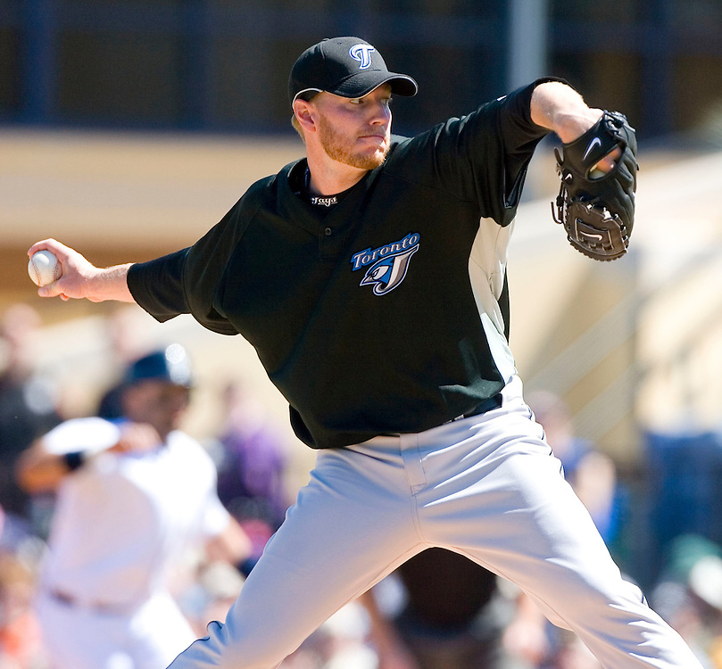 Toronto Blue Jays' pitcher Roy Halladay works from the mound against the Detroit Tigers during the first inning of their MLB spring training baseball game in Lakeland, Florida March 6, 2007.  REUTERS/Scott Audette(UNITED STATES)