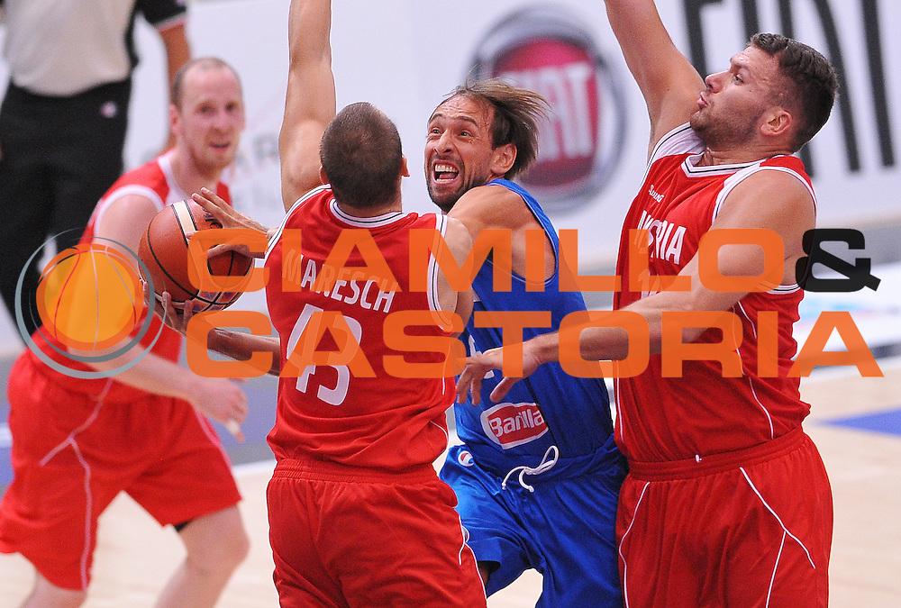 DESCRIZIONE : Trento Nazionale Italia Uomini Trentino Basket Cup Italia Austria Italy Austria <br /> GIOCATORE : Giuseppe Poeta<br /> CATEGORIA : tiro penetrazione<br /> SQUADRA : Italia Italy<br /> EVENTO : Trentino Basket Cup<br /> GARA : Italia Austria Italy Austria<br /> DATA : 31/07/2015<br /> SPORT : Pallacanestro<br /> AUTORE : Agenzia Ciamillo-Castoria/A.Scaroni<br /> Galleria : FIP Nazionali 2015<br /> Fotonotizia : Trento Nazionale Italia Uomini Trentino Basket Cup Italia Austria Italy Austria