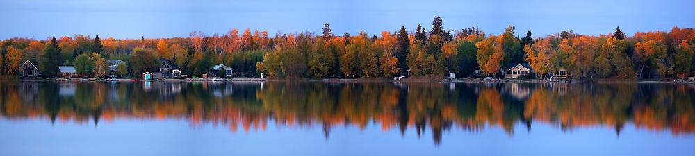 Brett's cabin. Gull Lake reflection, Tuesday, October 3, 2017. (Trevor Hagan)