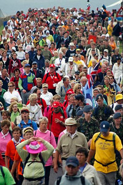Nederland, Nijmegen, 21-7-2005..Vierdaagse, 4daagse. Wandelaars op de Zevenheuvelenweg . Derde, Groesbeek dag. Wandelen, wandelsport, recreatie, conditie, bewegen, beweging, lopen. ..Foto: Flip Franssen/Hollandse Hoogte