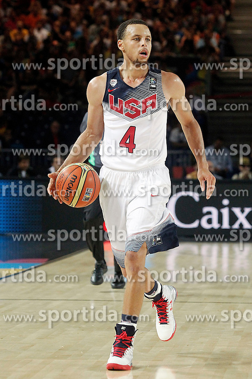 02.09.2014, City Arena, Bilbao, ESP, FIBA WM, USA vs Neuseeland, im Bild USA's Stephen Curry // during FIBA Basketball World Cup Spain 2014 match between USA and New Zealand at the City Arena in Bilbao, Spain on 2014/09/02. EXPA Pictures &copy; 2014, PhotoCredit: EXPA/ Alterphotos/ Acero<br /> <br /> *****ATTENTION - OUT of ESP, SUI*****