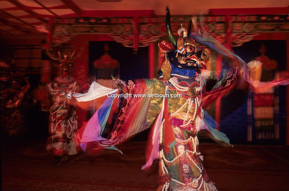 Mongolia. Ulaanbaatar. Tsam dance masks during a performance. show for tourists  / 23     P0000513