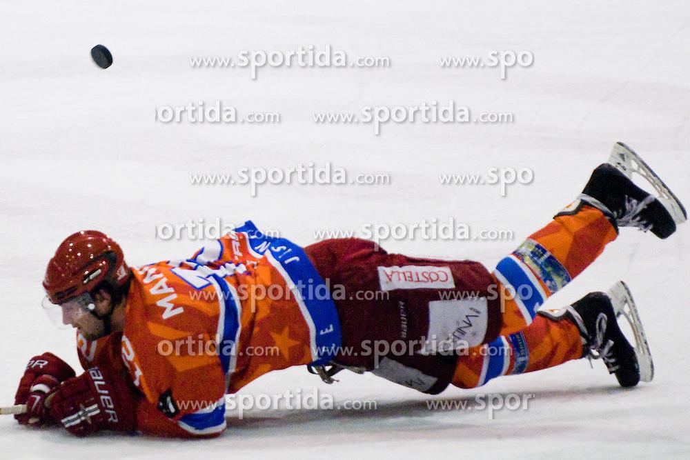 Marjan Manfreda (HK Acroni Jesenice, #18) during ice-hockey match between HK Acroni Jesenice and HDD Tilia Olimpija in 50th Round of EBEL league, on Februar 15, 2011 at Dvorana Podmezaklja, Jesenice, Slovenia. (Photo By Matic Klansek Velej / Sportida.com)