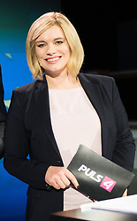 12.05.2019, Puls4 Studio, Wien, AUT, Puls4, Elefantenrunde zur Europawahl 2019, im Bild Puls4 Moderatorin Corinna Milborn // during political discussion due to elections of the european parliament 2019 in Vienna, Austria on 2019/05/12, EXPA Pictures © 2019, PhotoCredit: EXPA/ Michael Gruber