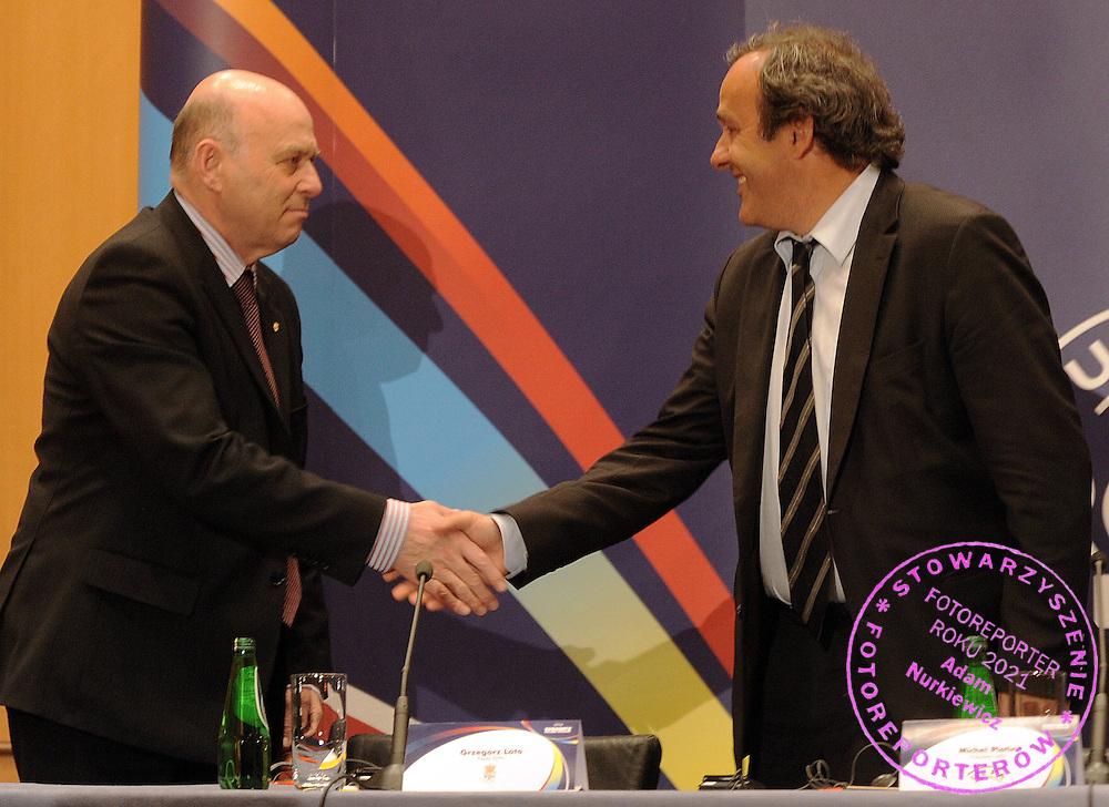 (L) POLISH FOOTBALL ASSOCIATION PRESIDENT GRZEGORZ LATO & (R) UEFA PRESIDENT MICHEL PLATINI ATTEND A PRESS CONFERENCE EURO 2012 IN SHERATON HOTEL IN WARSAW, POLAND. MICHEL PLATINI ARRIVED TO WARSAW TO CHECK PREPARATIONS FOR CO-HOSTING EURO 2012 POLAND - UKRAINE...POLSKA , WARSZAWA , APRIL 16, 2009..( PHOTO BY ADAM NURKIEWICZ / MEDIASPORT )
